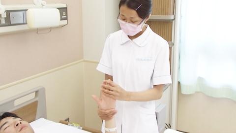 拇指以外の屈曲と伸展(他動) | 関節可動域訓練【2】