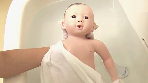 上肢を洗う | 新生児の沐浴【6】