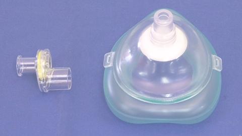人工呼吸(ポケットマスク)の実施 | 一次救命処置(BLS)【5】