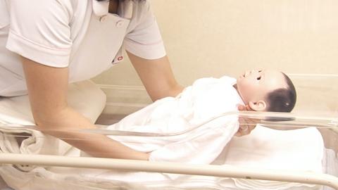 寝かせ方 | 新生児の移送【4】
