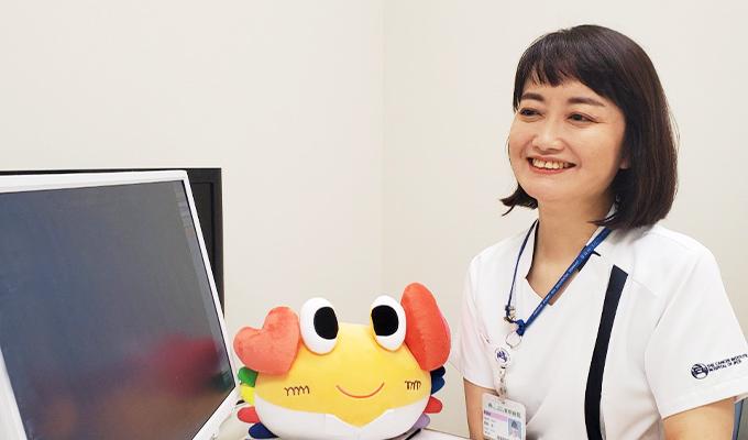 慢性疾患看護CNSとしてがん専門病院で活躍する羽田さんの写真
