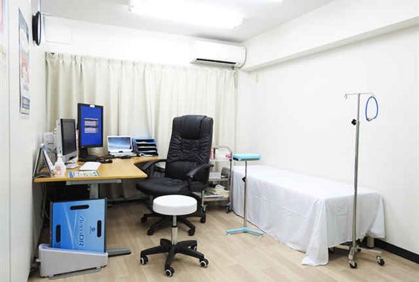 FastDOCTOR 診察部屋の写真