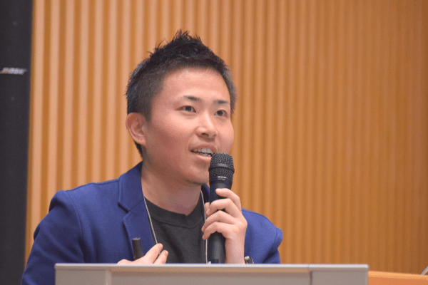 トランスジェンダー男性の看護師、浅沼さんの写真
