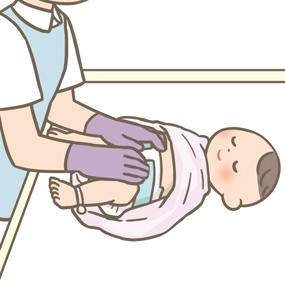 赤ちゃんのおむつ交換をする看護師のイラスト