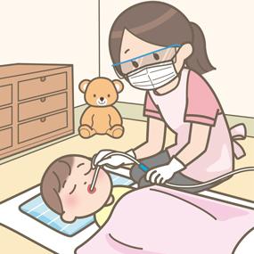 乳幼児の口腔内吸引のイラスト