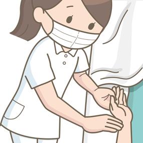 脈の確認をしている看護師のイラスト