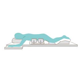 手術体位(腹臥位)のイラスト