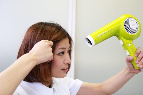 ガンコな寝ぐせ・くせっ毛を瞬時に直す方法 | 看護師のまとめ髪テク【番外編2】016