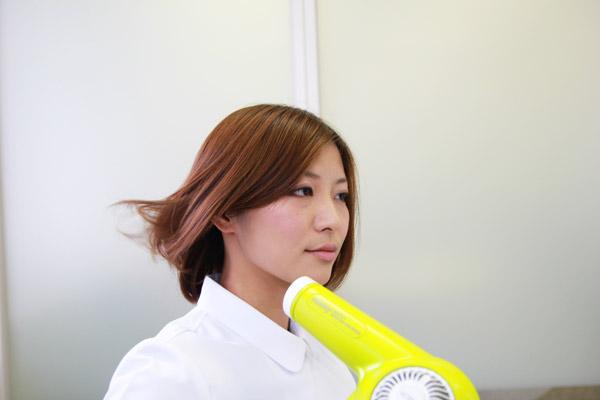 ガンコな寝ぐせ・くせっ毛を瞬時に直す方法 | 看護師のまとめ髪テク【番外編2】017
