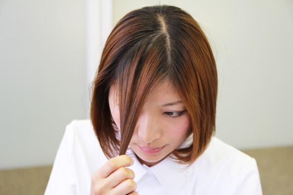 看護師のまとめ髪テク【vol.7】 | ボブのまとまらない前髪を1分で可愛くアレンジ003