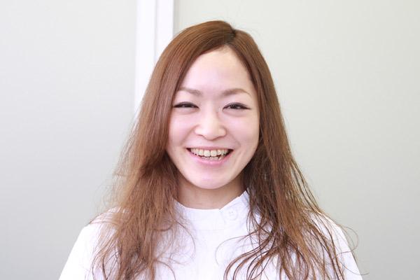 梅雨時のまとまらない髪に。ベタつかないヘアワックスの使い方★美容師直伝   看護師のまとめ髪テク【番外編5】004