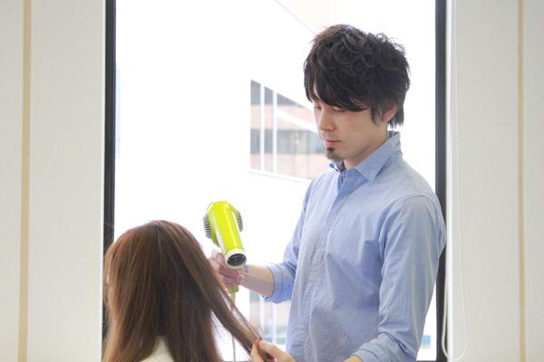 簡単・崩れないお団子ヘアのやり方★美容師直伝   看護師のまとめ髪テク【番外編3】020