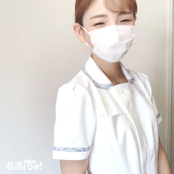 看護師きりんさんのナース服を着た写真