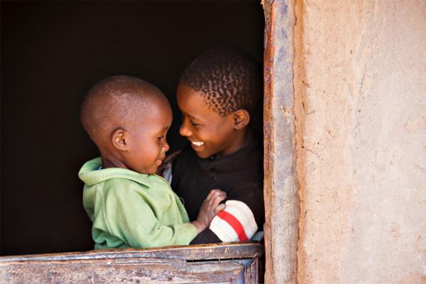 エボラを克服した3歳の少年からのプロポーズ|看護師専用Webマガジン【ステキナース研究所】