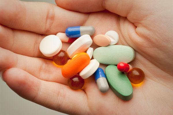 認知症の症状緩和に薬はいらない-アメリカの介護施設で実施された抗精神病薬削減プログラム