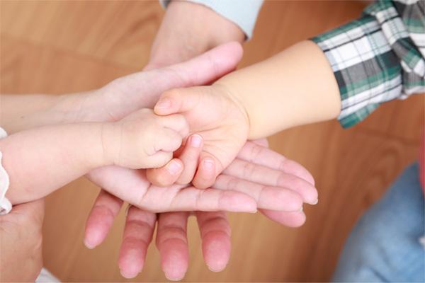 親元に帰れない子どもを育てる「母」になる―乳児院看護師の役割