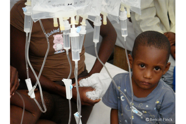 コレラの治療は輸液管理が重要