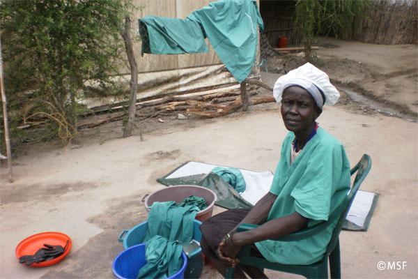 最も信頼する「手術室クリーナー」ニャロワル―国境なき医師団ナースコラム【南スーダン】