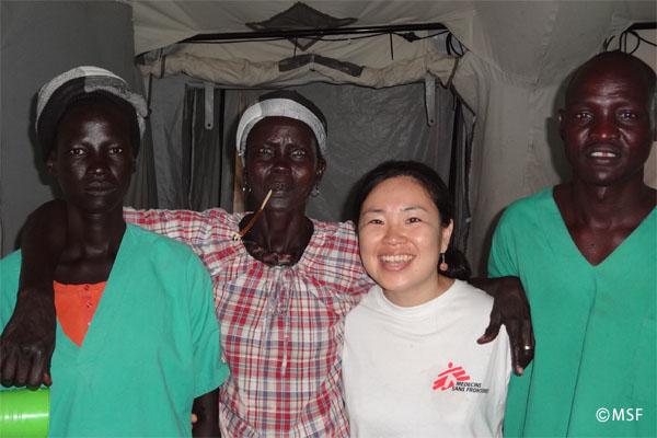 ニャロワルの木の棒(通常サイズ)―国境なき医師団ナースコラム【南スーダン】