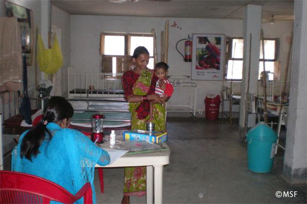 インドのMSF診療所入院病棟