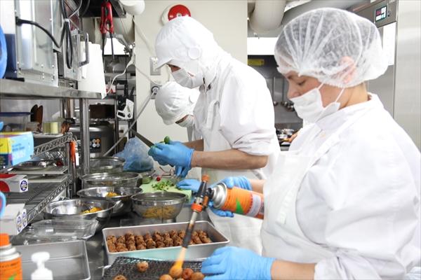 お弁当の付け合せもスタッフが手作り|かんごるーのおでかけ【6】|看護師専用Webマガジン【ステキナース研究所】