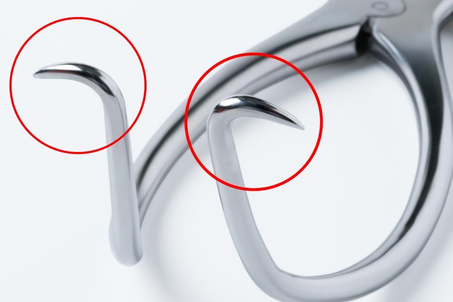 ゲルピー開創器の先端部の爪