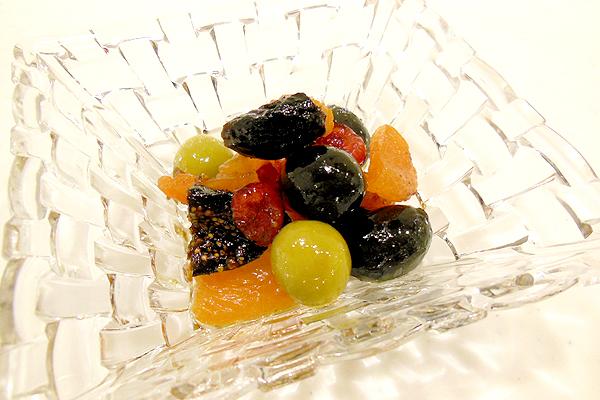 ドライフルーツのオリーブマリネ