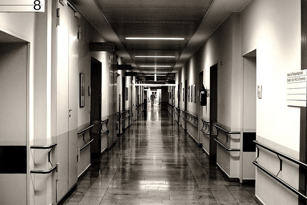 長野の広範囲で一時停電 新幹線や病院に影響